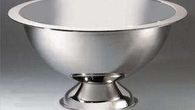 Image of a Stainless Steel Punch Bowl with Ladle (5 Gallon)