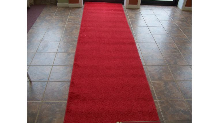 Picture of a 25' Red Carpet