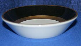 Image of a Fruit Dish - white/black