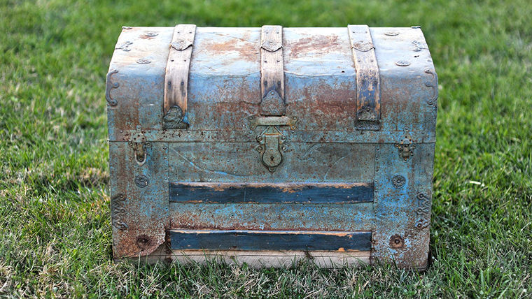 Picture of a Wayne: Tin Steamer Trunk