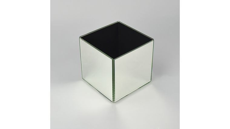 Picture of a 6x6 Mirror Cube