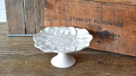 Image of a Cake Stand #2