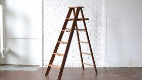 Image of a 6' Wooden Ladder