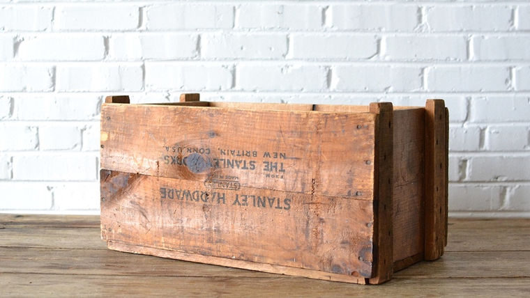 Picture of a Wooden Crate #7 (Stanley Hardware)