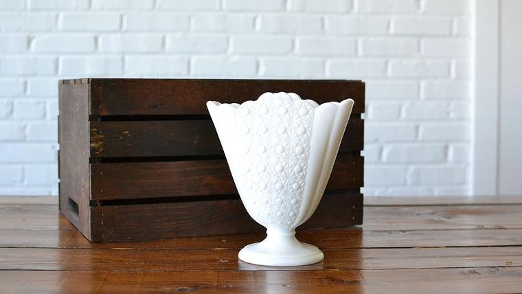Picture of a Milk Glass Fan Vase