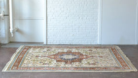 Image of a Rowling Rug