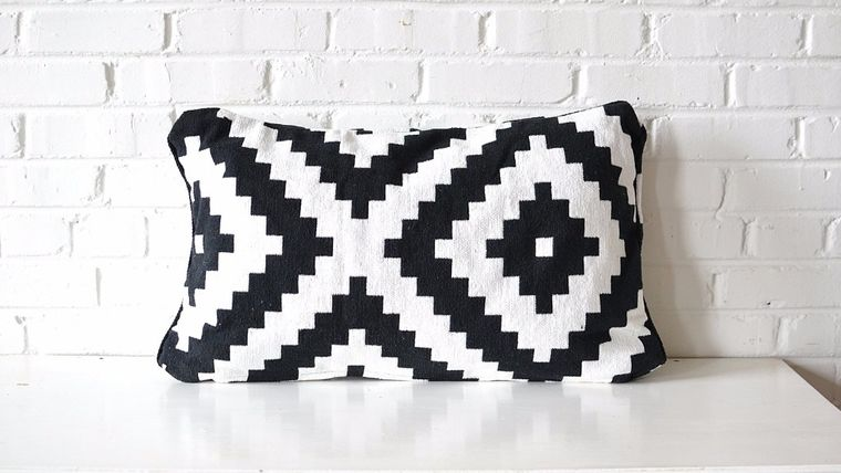 Picture of a Black & White Rectangle Pillow