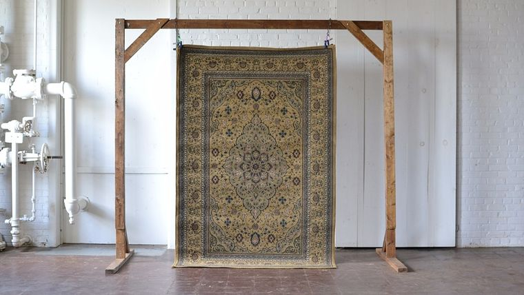 Picture of a Potter Rug
