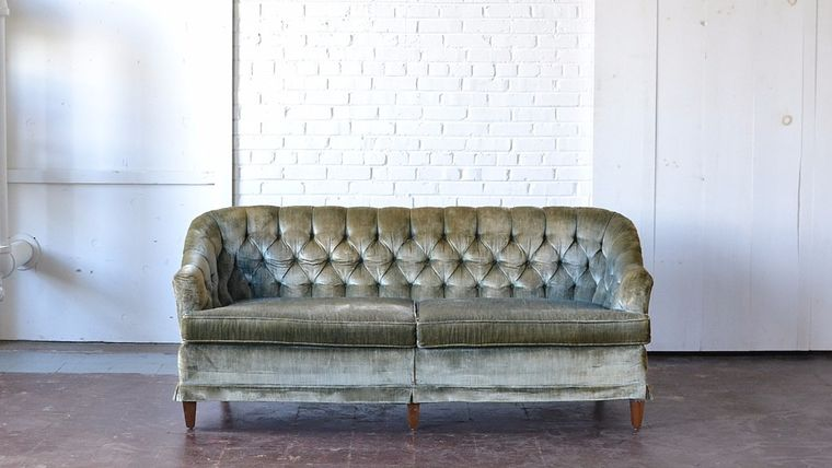 Edenderry Tufted Sofa : goodshuffle.com
