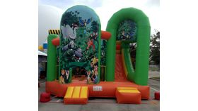 Jungle Mania Inflatable Combo image