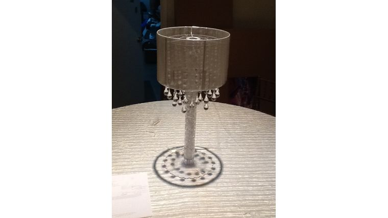 Picture of a Dew Drop Lamp Centerpiece