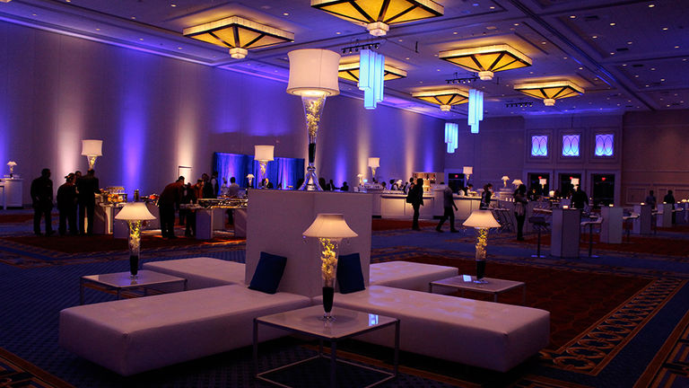 Event Rental Gallery image from the White Contemporary Lounge gallery. By Ampa Events