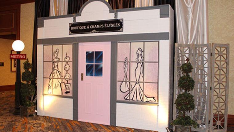 Picture of a Set: Parisian Boutique