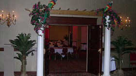 Image of a Garden Trellis Entranceway