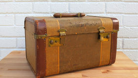 Image of a Vintage Luggage, Attache Case