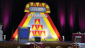 Image of a 25000 Dollar Pyramid Set