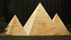 Image of a Set: International, Pyramids of Giza