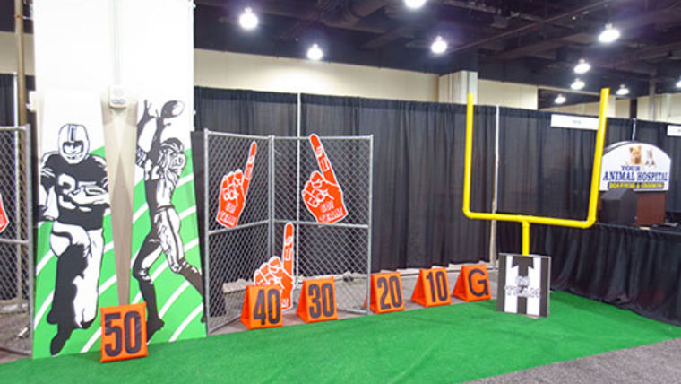 Picture of a Prop: Sports, Football Goal Post (Pair)
