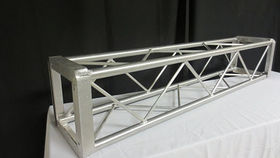 "Image of a Truss: Box 12"": 60"" Architectural Light Duty"
