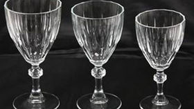 Image of a Glassware: Diamond Cut Red Wine Glass