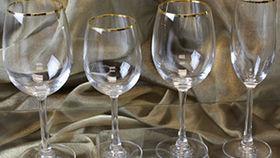 Image of a Glassware: Gold Rim Reversa Champagne Glass