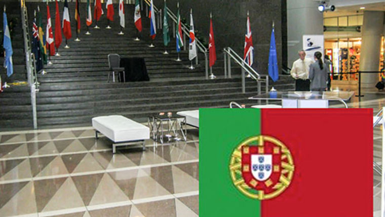 Picture of a Flags: International, Portugal 3'x5' Nylon