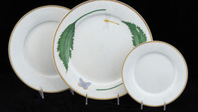 Image of a Base Plates:  Balmoral Green Leaf Butterfly 12""