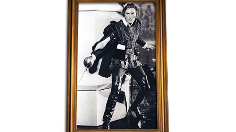 Picture of a Prop: Hollywood, Errol B/W Photo in Gold Frame 5x8