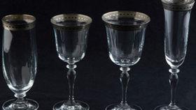 Image of a Glassware: Imperial Platinum White Rim Red Wine Glass
