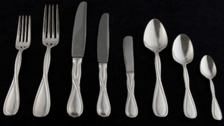 Picture of a Flatware: Infinity Silver Plated Dessert/Soup Spoons