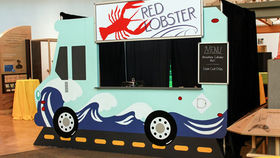 Image of a Set: Gourmet Food Trucks - Ocean