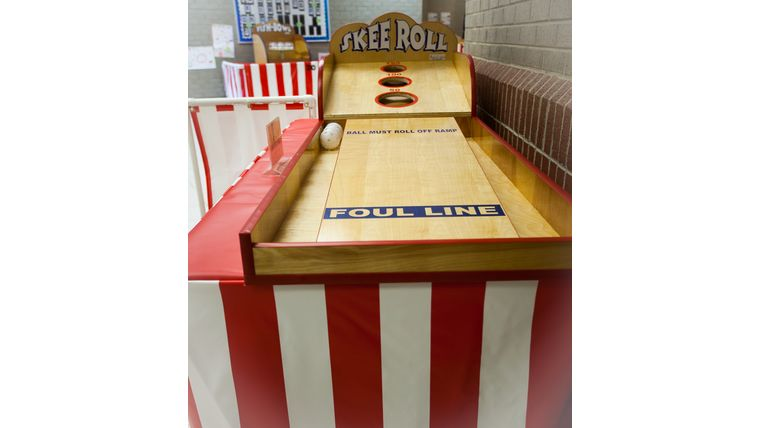 Image of a Skee Ball : Carnival Game