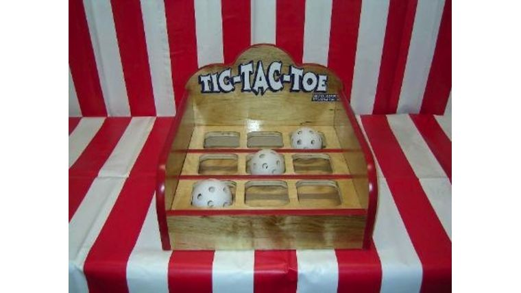 Image of a Tic - Tac - Toe : Carnival Game