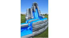 Image of a Wild Rapids Dual Lane Wet Slide