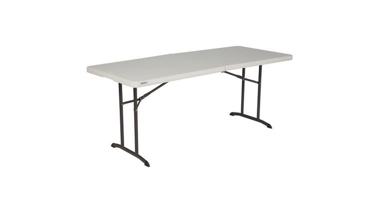 Picture of a 6ft table (foldable)