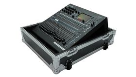 QU-16 Digital Audio Mixer image