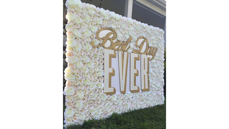 "Picture of a 5 Foot ""Best Day Ever"" LED Marquee Sign"
