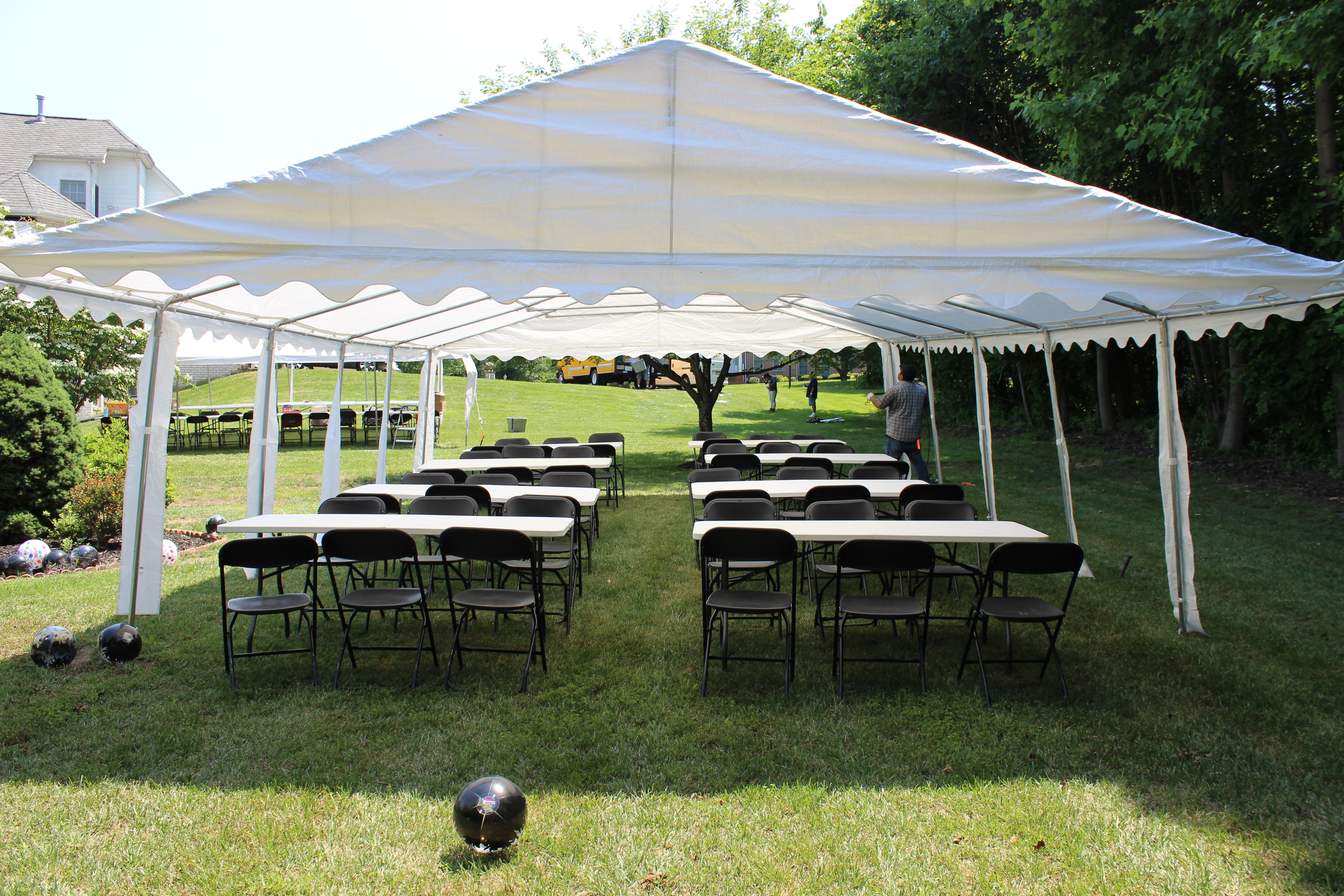 20\' x 40\' Economy Frame Tent rentals online - $449/day