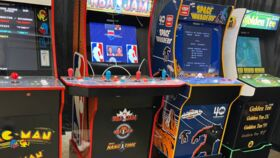 """Image of a """"3 Game Arcade"""" Package"""
