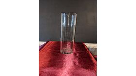 "Image of a 10.5"" Clear Glass Cylindrical Vase"