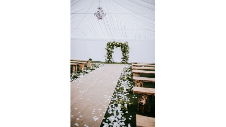 Picture of a 6 Ft wide Burlap Aisle Runner (rented per linear foot)