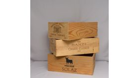 Image of a Box-assorted style wine box