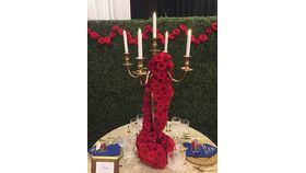 Image of a Candelabra Wrap made of Roses