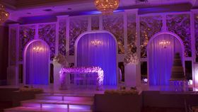 Image of a Arches  Robinson Mirrored Stage (32 feet)