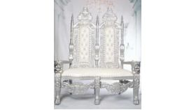 """Image of a """"King Ramfis"""" Lion Throne Love Seat - White / Silver"""