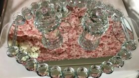 Image of a Medium Bubble Glass Tray