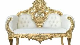 "Image of a ""Queen Halo"" Throne Loveseat"
