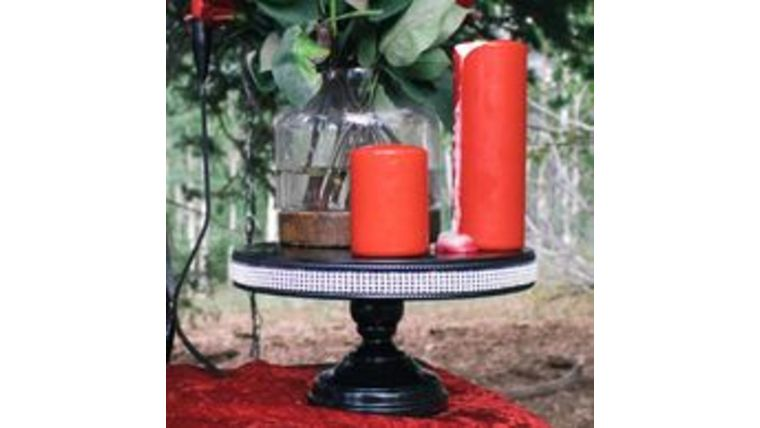 """Picture of a """"Black Bling"""" Pedestal"""