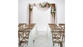 Image of a Modern Wooden Ceremony Arch