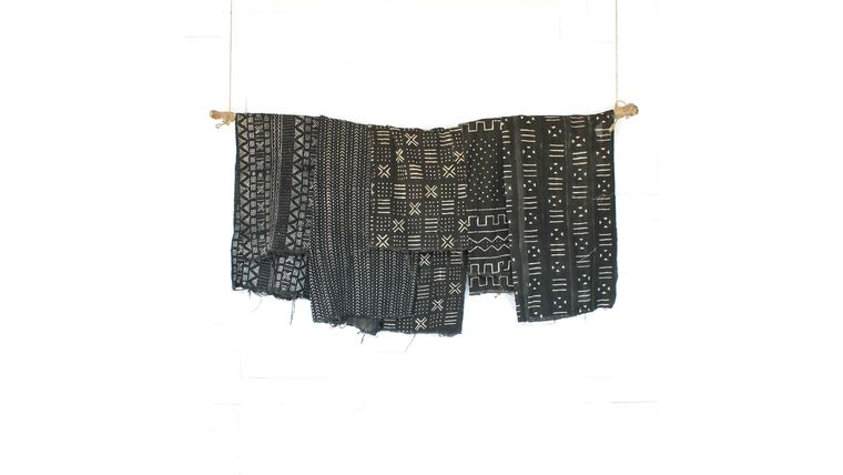 Picture of a Black Mudcloth Blankets